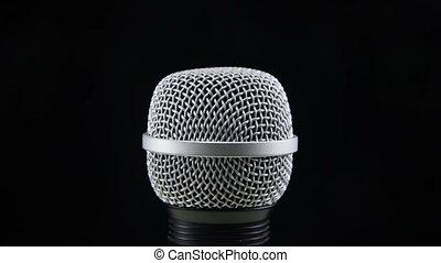 microphone, tourne, arrière-plan noir