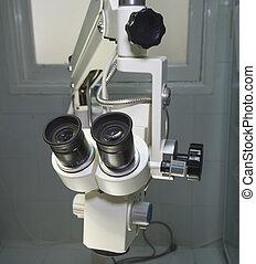 microscopio, sala operatoria, ciao-tecnologia