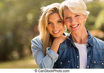 middelbare leeftijd , moeder, en, jonge dochter