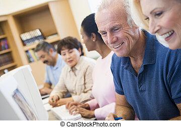 middelbare leeftijd , scholieren, leren, kunst, vaardigheden
