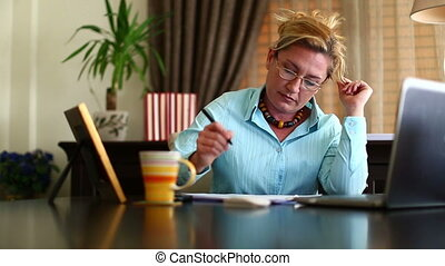 Middle Age Business Woman Working - Attractive Middle Age...