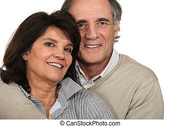 middle-aged, par, estava pé, junto