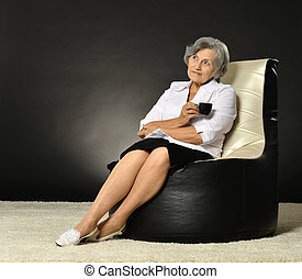 Middle-aged woman with coffee
