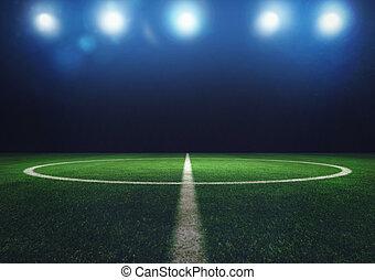 midfield, od, trawa, soccer pole, w nocy, z, reflektory