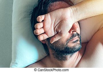 midlife, lit, matin, crise, dépression, homme