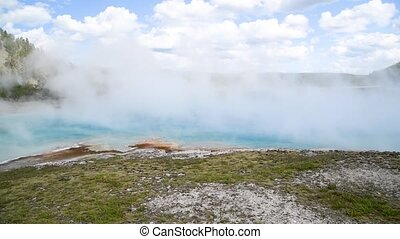 Midway Geyser Basin, Yellowstone National Park, Wyoming, USA.