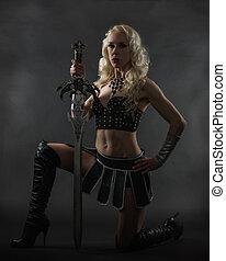 miecz, kobieta