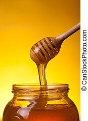 miel, gros plan, coup, louche, écoulement
