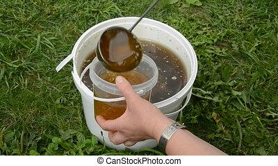 miel, liquide, été