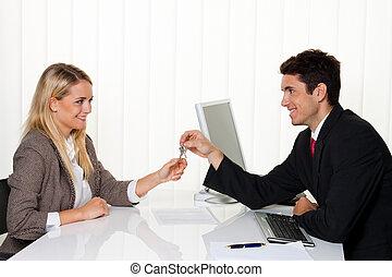 miete, agreement., handover, machen, makler, mieter