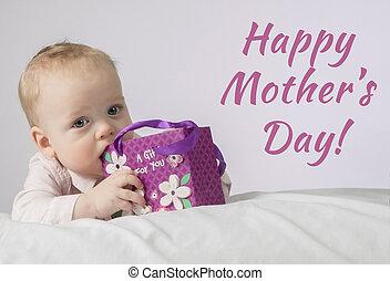 mignon, cadeau, garçon, poche, couverture, mères, mois, regarder, carte postale, appareil-photo., prêt, 8, blanc, day., mensonge, heureux