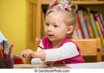 mignon, coloré, crayons, jardin enfants, enfant, table, girl, dessin, préscolaire