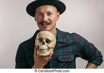 mignon, crâne, tatouage, tatouages, il, tenue, dessin, homme
