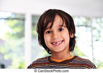 mignon, garçon école, préparé, sans, dent, devant, heureux