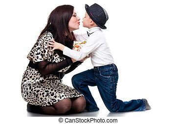 mignon, garçon, sien, baisers, mère