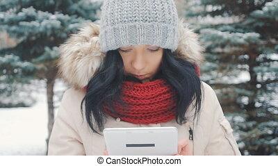 mignon, hiver, tablette, parc, jeune, pc, usages, girl