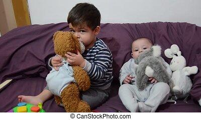 mignon, jouet, vieux, garçon, pourpre, literie, mois, 4, bébé, lapin