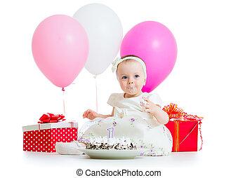 mignon, manger, gâteau anniversaire, girl, gosse