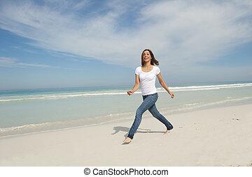 mignon, marche, femme, plage, exercice