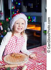 mignon, peu, cuisson, pain épice, portrait, girl, heureux, cuisine