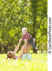 mignon, peu, doux, parc, grass., bab, mère, bébé