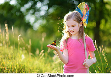 mignon, peu, elle, scoop-net, bogues, papillons, attraper, girl