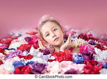 mignon, peu, fleurs, girl, tas