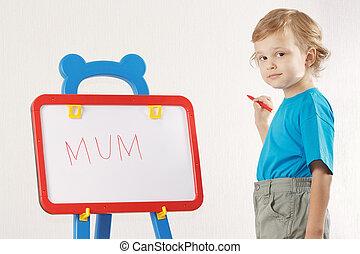 mignon, peu, mot, garçon, whiteboard, maman, sourire, a écrit