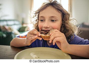 mignon, peu, sien, manger, salle, garçon, dîner, déjeuner, table