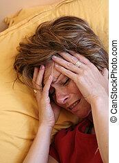 migrena, łóżko