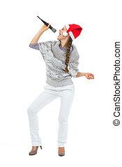 mikrofon, nő, éneklés, santa kalap, boldog
