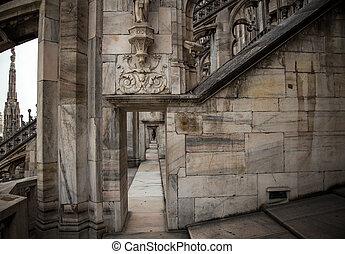 milan cathedral passageway