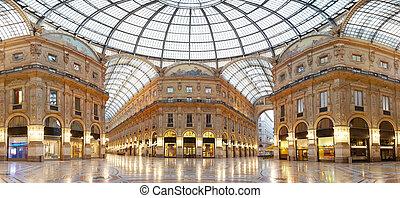 Shopping in Milan, Vittrio Emanuele II gallery, Italy