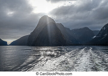 Foggy Weather In Milford Sound Fiordland National Park Most