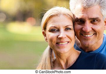 milieu, couple, vieilli, closeup, portrait