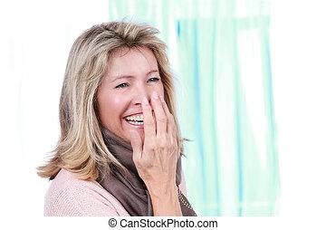 milieu, femme souriante, âge