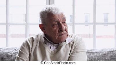 milieu, grand-père, problems., vieux, malheureux, mûrir, santé, vieilli, pensée