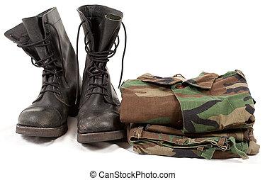 militärische uniformen