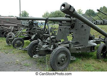 militärisches fahrzeug