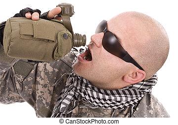 militær, nydelse