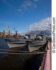 militar, barcos