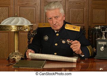 militar, maduro, general, sobre la mesa
