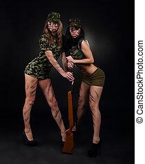 militare, ragazze