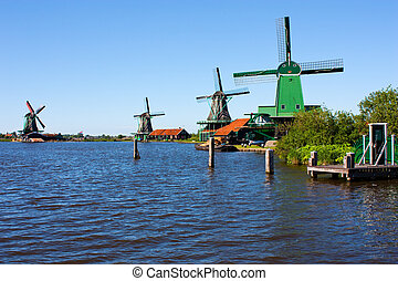 Mills in Holland, traditional and direct landmark of the ...
