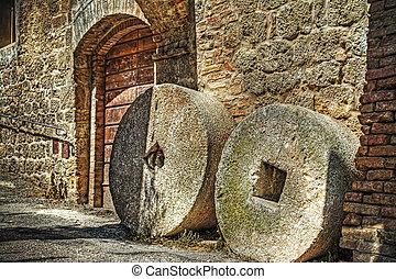 millstones in San Gimignano