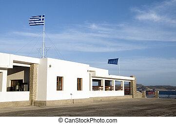 milos, adamas, sziget, nemzeti, tengertől távol eső, greek lobogó, állomás, építészet, tenger, görögország, komp, fehér, rév