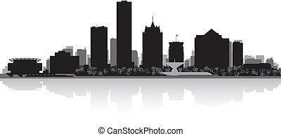 Milwaukee city skyline silhouette - Milwaukee USA city...