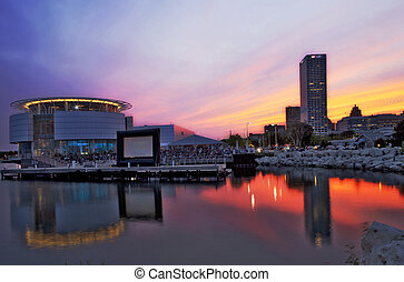 Milwaukee Discovery World 3 - Outdoor Movie at Milwaukee...