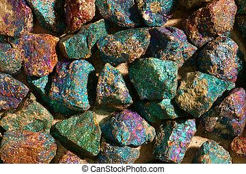 minéral, collection, chalcopyrite