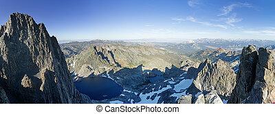 Minaret Summit Panorama